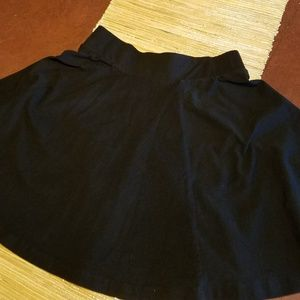 H&M Black Short Circle Skirt